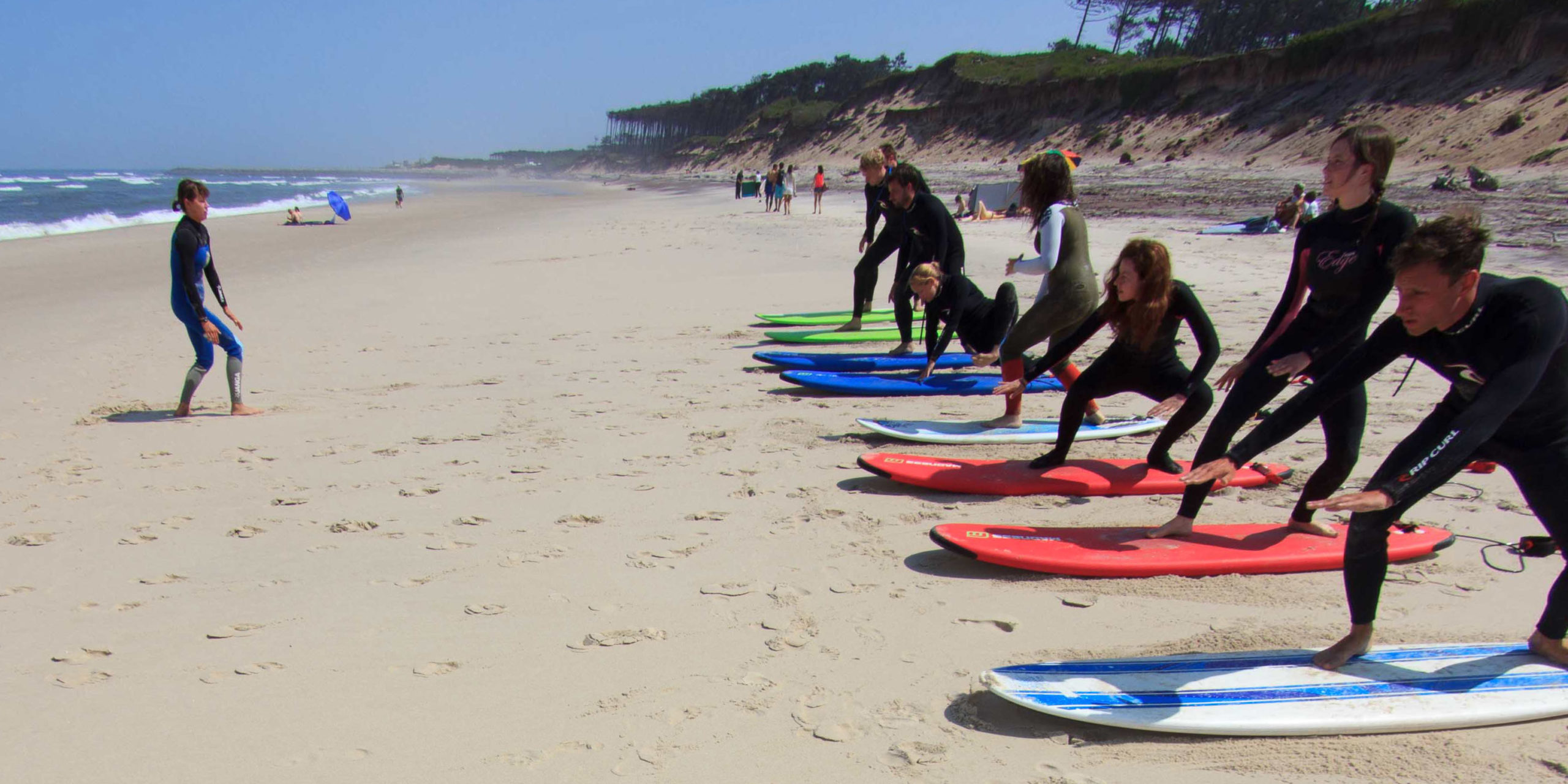 Co warto wiedzieć przed lekcją surfingu?